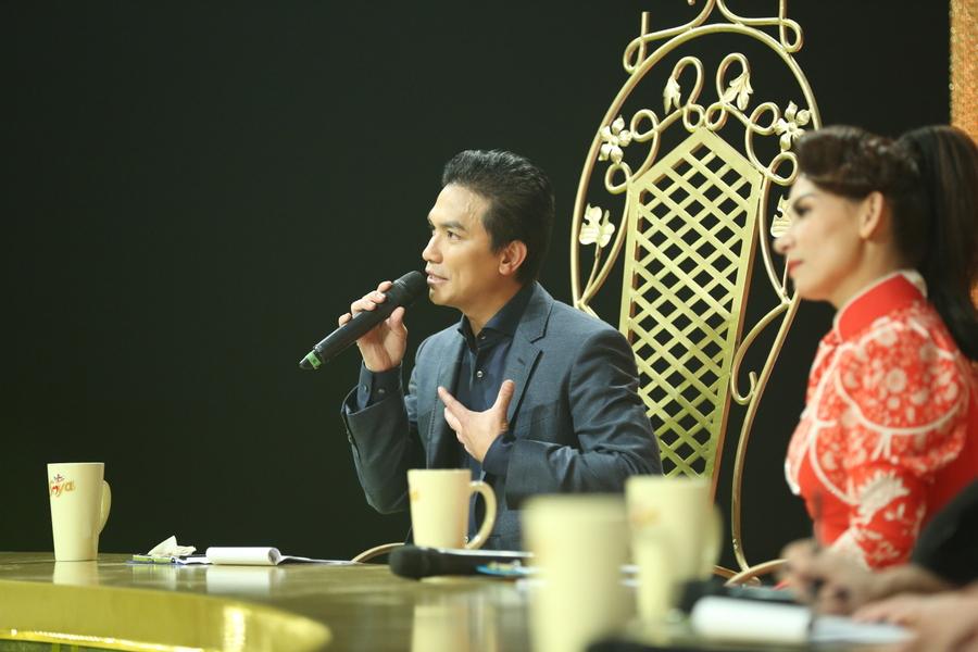 Giam khao Manh Quynh (6)