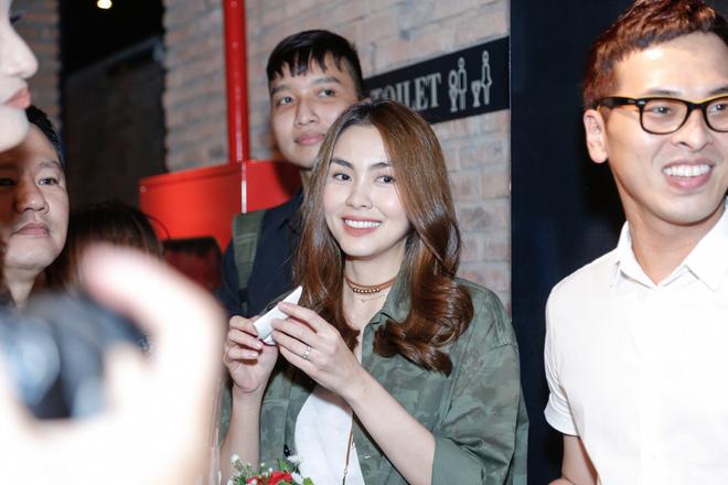 Tăng Thanh Hà bất ngờ xuất hiện tại buổi họp báo MV trở lại của Trà My Idol - Ảnh 4.