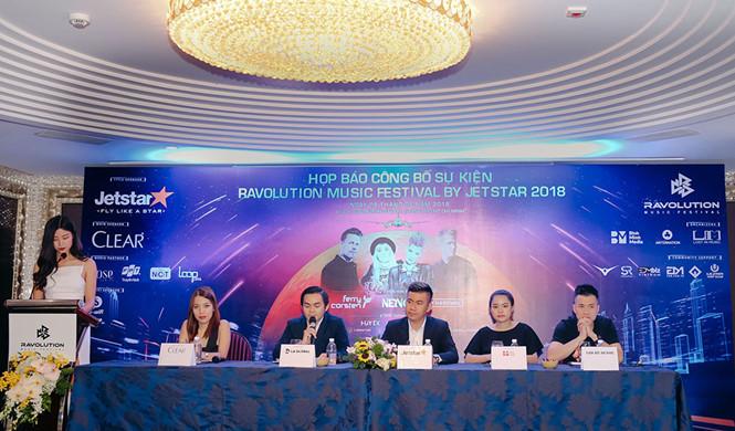 Khung ̉nh buổi họp báo Ravolution Music Festival by Jetstar 2018