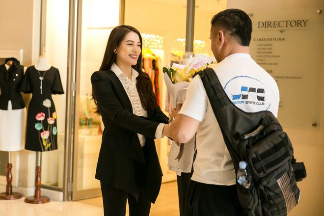 Trương Ngọc Ánh ra sân bay đón ngôi sao võ thuật gốc Việt nổi tiếng thế giới - Ảnh 8.