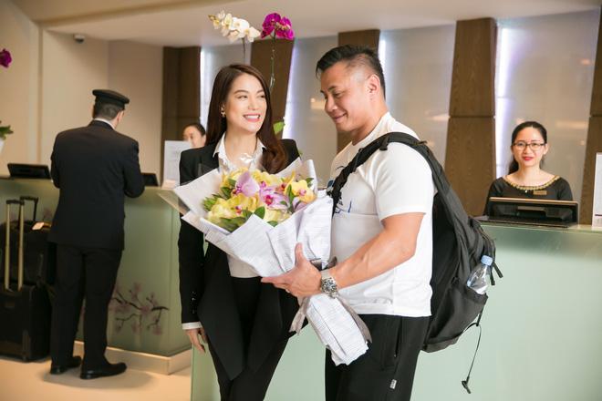 Trương Ngọc Ánh ra sân bay đón ngôi sao võ thuật gốc Việt nổi tiếng thế giới - Ảnh 7.