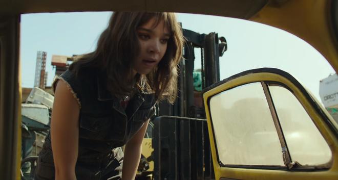 Bumblebee tung trailer đầu tiên khiến những khán giả yêu mến chàng robot ong nghệ phát cuồng - Ảnh 3.