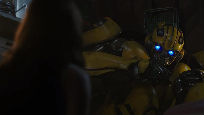 Bumblebee tung trailer đầu tiên khiến những khán giả yêu mến chàng robot ong nghệ phát cuồng - Ảnh 9.
