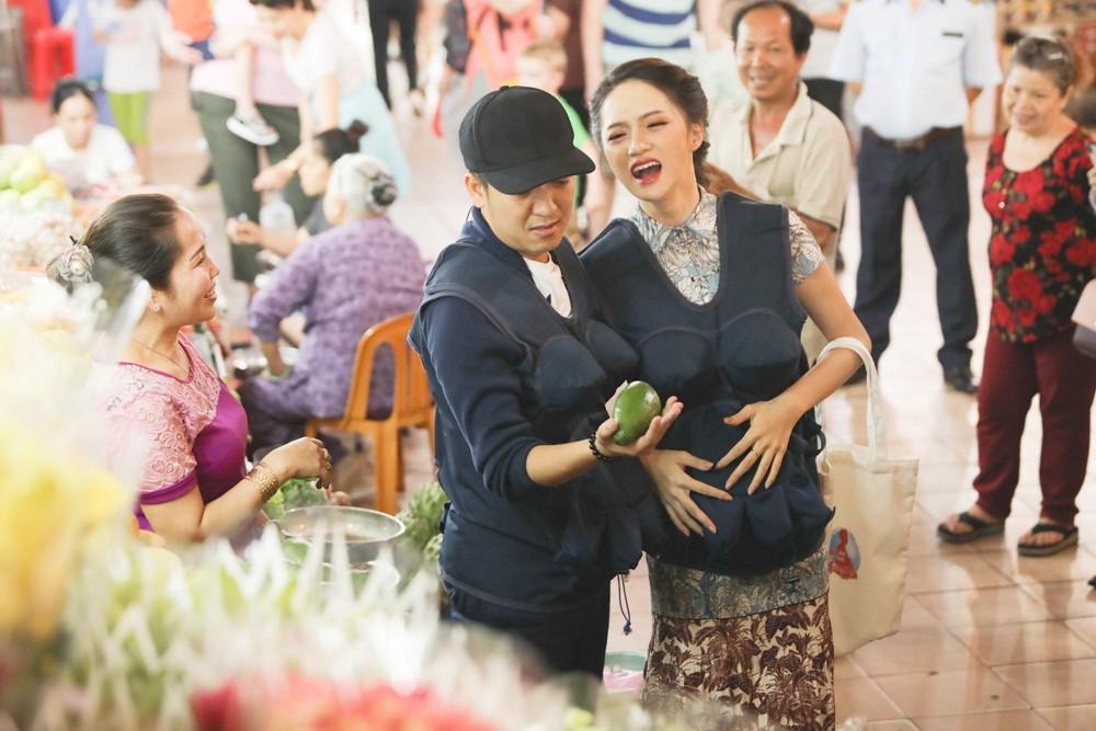 Vất vả vì mang bầu, Hương Giang còn bực bội vì bị Trường Giang lơ là - Ảnh 6.