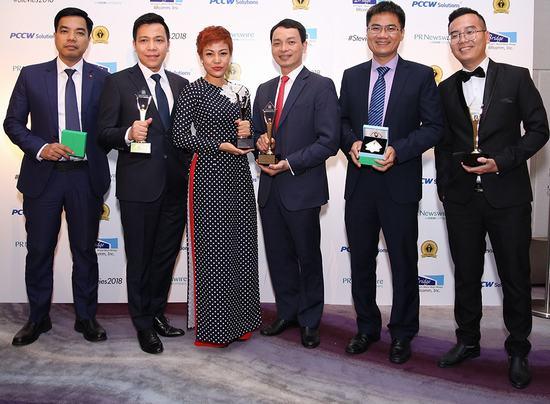 """Vở """"Tinh Hoa Bắc Bộ"""" đoạt giải Vàng Giải thưởng Stevie châu Á-Thái Bình Dương"""