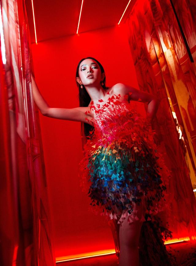 10 không gian nghệ thuật trong triển lãm Cục Im Lặng của Nguyễn Công Trí: Choáng ngợp, lộng lẫy và tuyệt đối công phu - Ảnh 21.