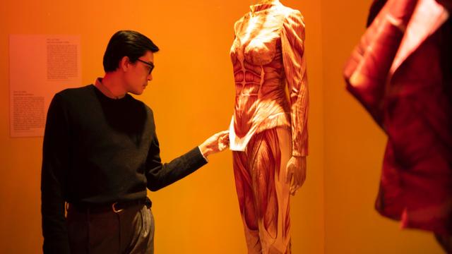 10 không gian nghệ thuật trong triển lãm Cục Im Lặng của Nguyễn Công Trí: Choáng ngợp, lộng lẫy và tuyệt đối công phu - Ảnh 23.