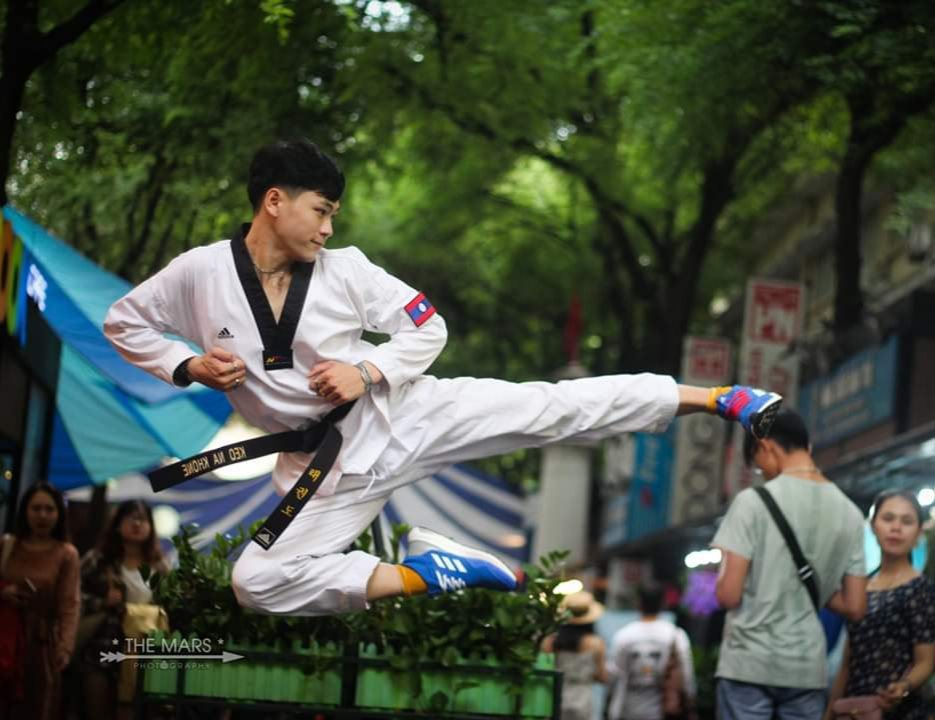 trai-dep-xu-lao-vongsaynha-keonakhon-hat-1577635797-80ysS6