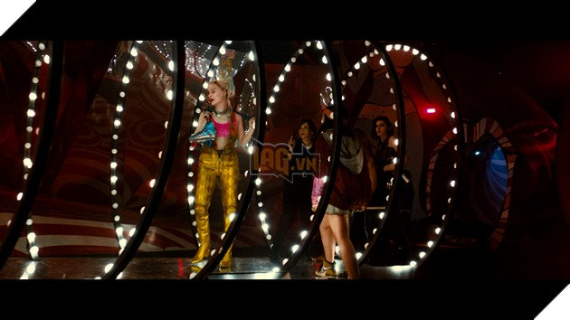 Birds Of Prey tung trailer cuối: Harley bá đạo siêu cấp, cà khịa cả Batman 7