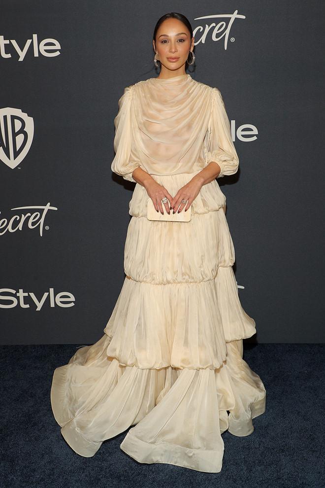 Kristen Bell mặc trang phục do Công Trí thiết kế nhận giải thưởng #SeeHer - ảnh 2