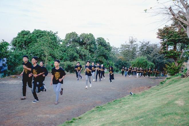 Hàng loạt hoạt động như thức dậy từ 5 giờ sáng, cuộc thi chạy với cự ly 5km tại khuôn viên dự án Thành phố Cà phê (TP.Buôn Ma Thuột, tỉnh Đắk Lắk)